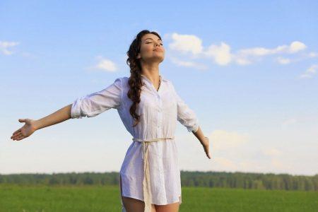 Что делать и как лечить мигрень в домашних условиях