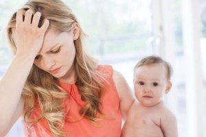 Чем лечится головная боль при грудном вскармливании?