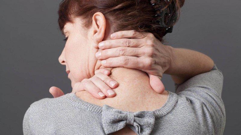 Давление в шее и затылке головокружение