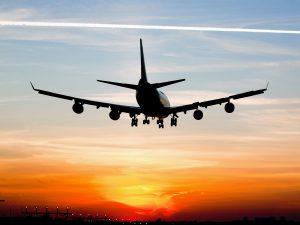 При посадке самолета болит лоб - от чего это происходит