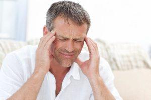 Частые головные боли у мужчин: причины и способы лечения