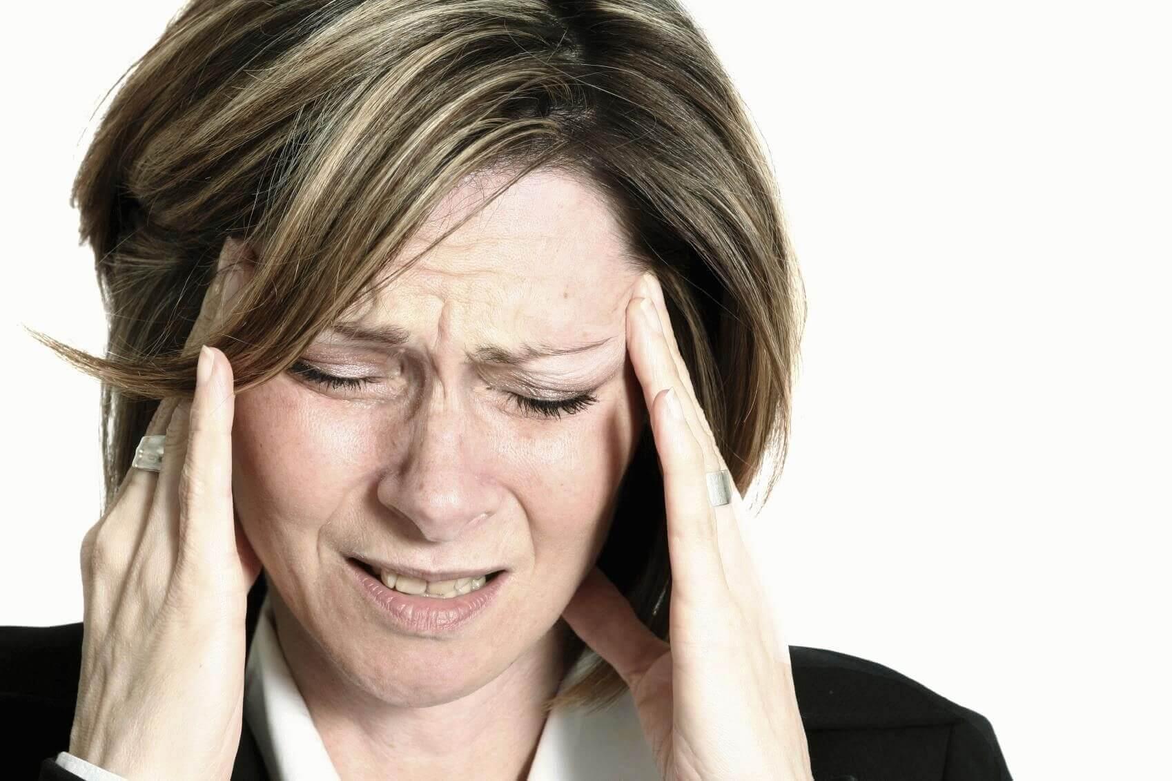 Почему у всех болит голова последние дни