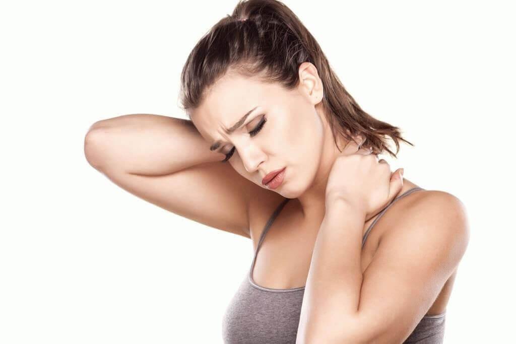 Болит шея больно поворачивать что делать
