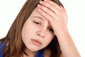 Болит голова у девочки