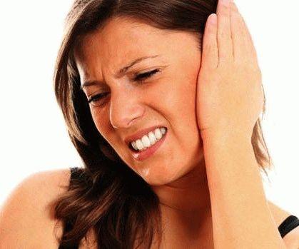 Болит ухо и голова с одной стороны: отдает в ухо