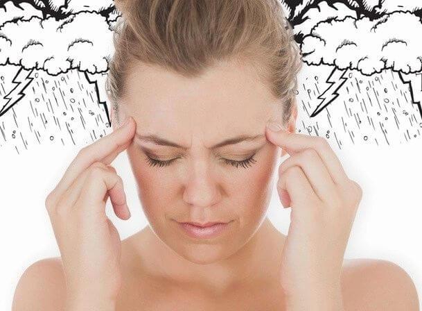 Болит голова в дождливую погоду