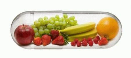 в капсуле лежат фрукты