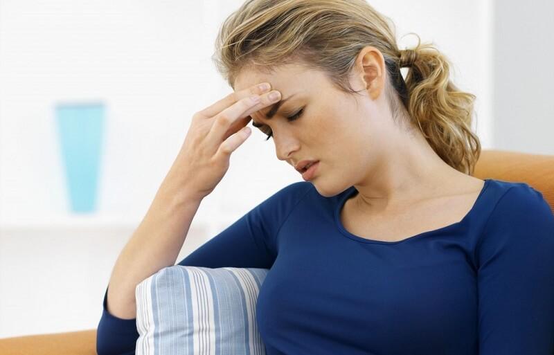 Головная боль и боль в области глаз: причины, симптомы, лечение