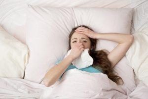 Головная боль при простуде: механизм появления и особенности лечения