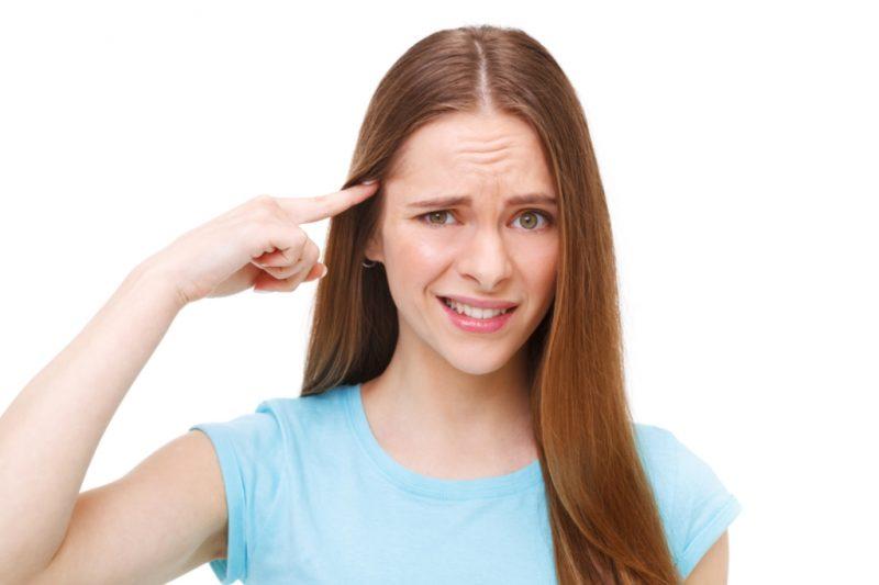 Пульсирующая боль в висках: причины и лечение