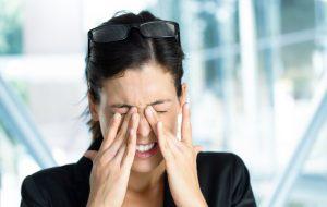 Что такое офтальмологическая мигрень, причины возникновения и лечение