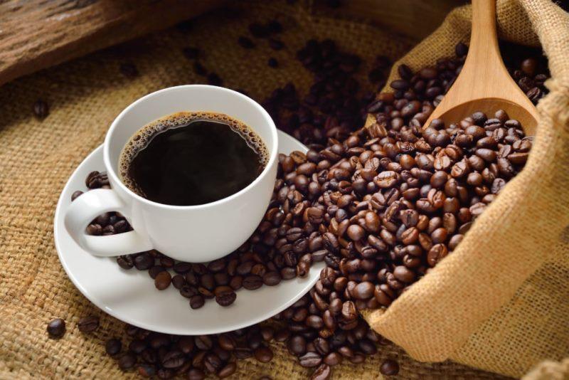 Можно ли кофе при мигрени и в каком количестве?