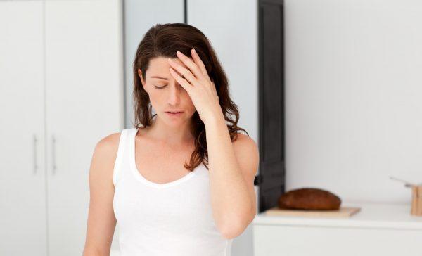 Понос и головная боль: причины и лечение симптомокомплекса
