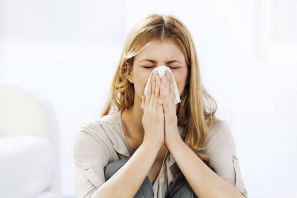 Причины и лечение головной боли при простуде