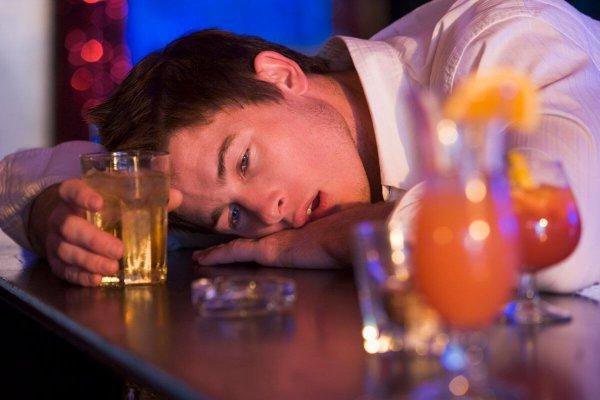 от какого алкоголя не болит голова