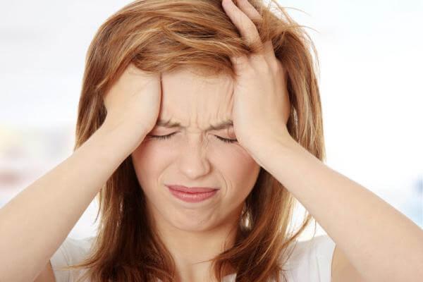 Болит голова таблетки не помогают причины